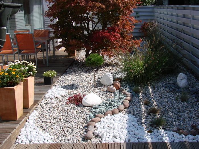 uredjenje vrta podloga od kamena