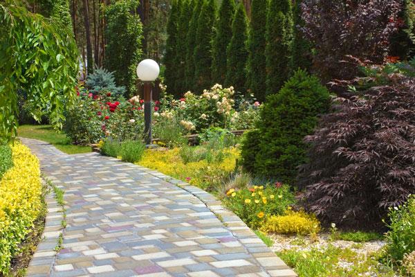 staze i puteljci u vrtovima